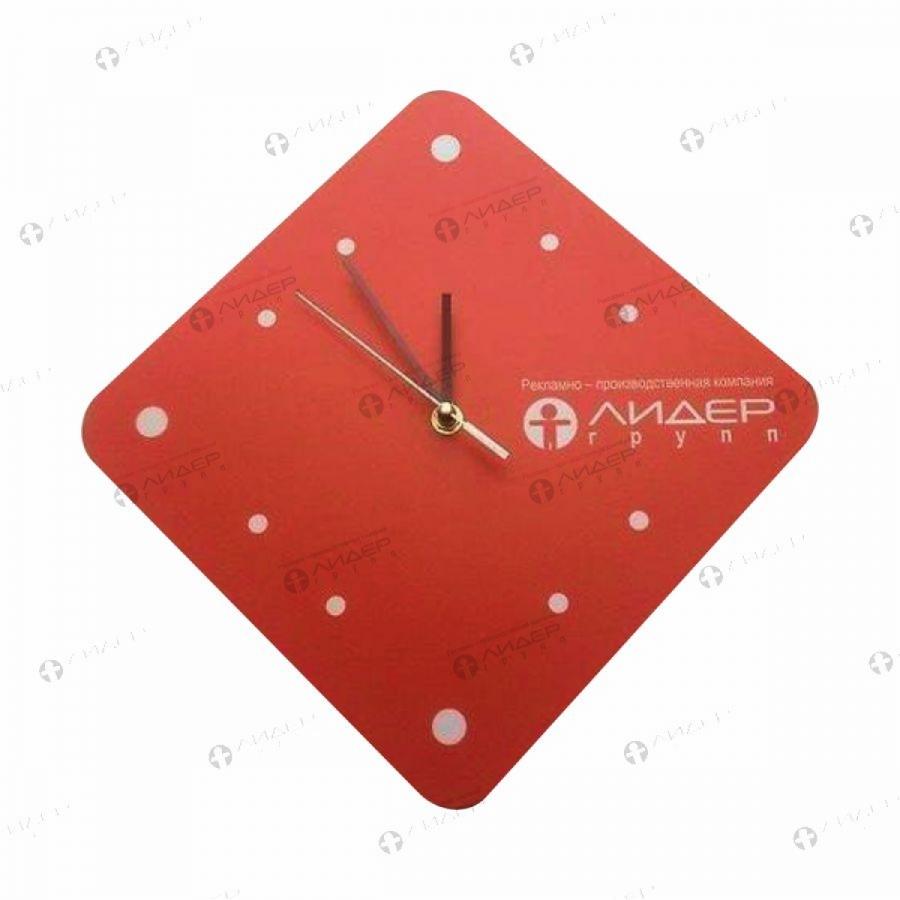 Часы фирменные настенные